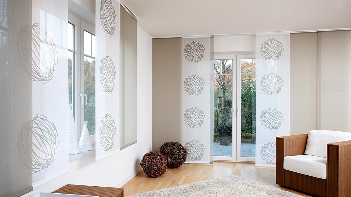 fl chenvorh nge im programm der sch nfuss sonnenschutztechnik gmbh. Black Bedroom Furniture Sets. Home Design Ideas
